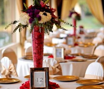 wedding reception ideas waterfront tabletop flowers framed catering menus